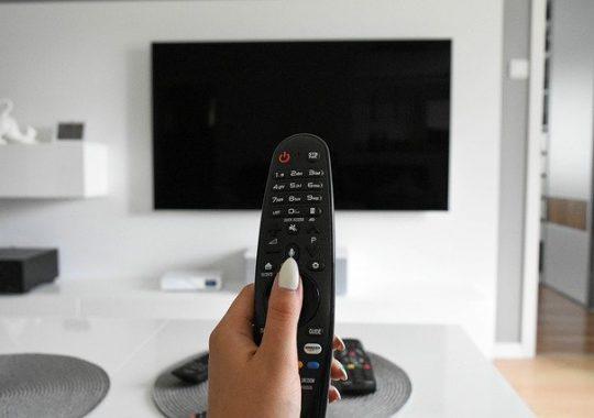 """Film """"Sami swoi"""" – oglądaj legalnie w telewizji online!"""